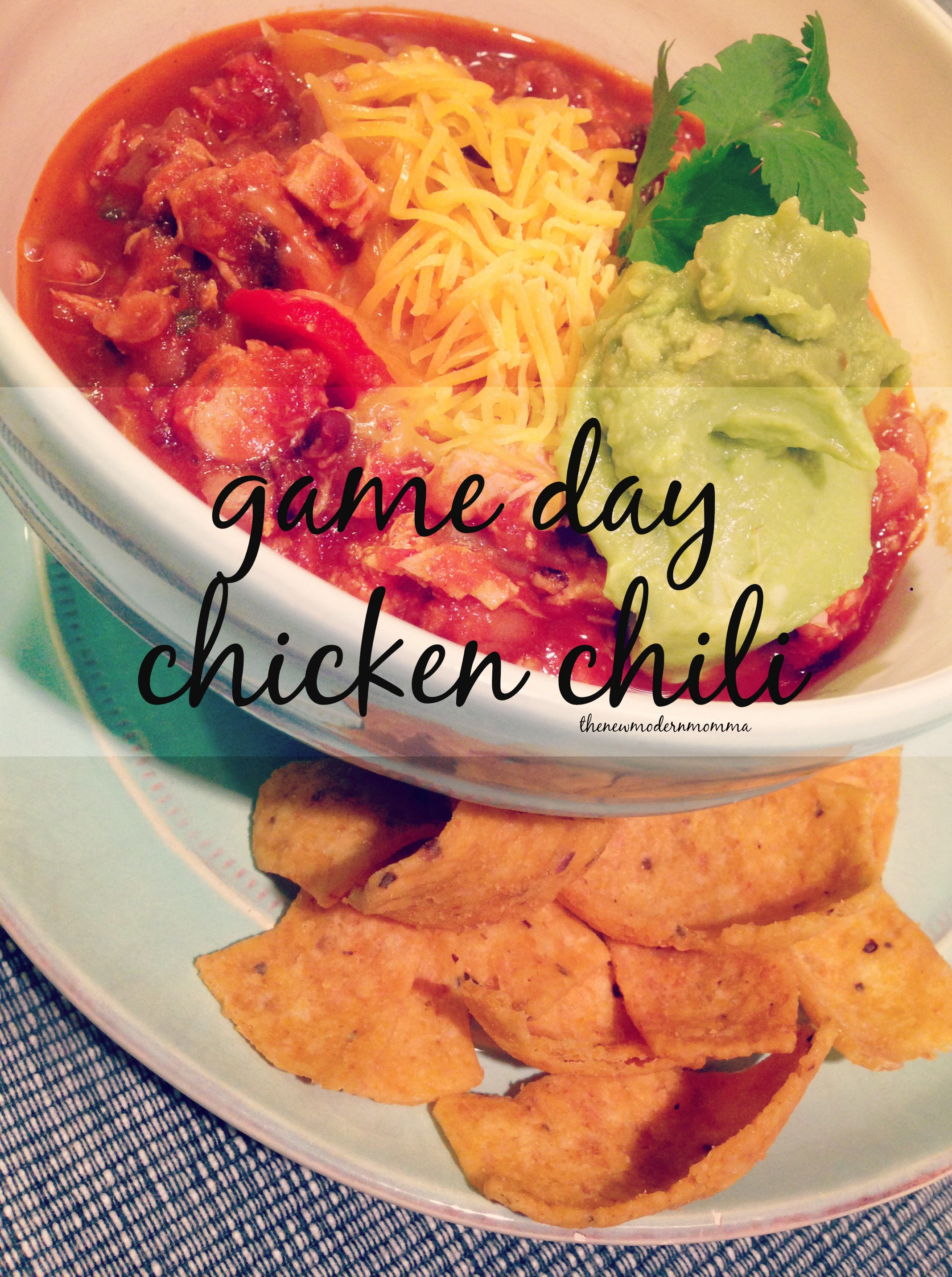 Party Favorites // Quick and Easy Game Day Chicken Chili! {Recipe}