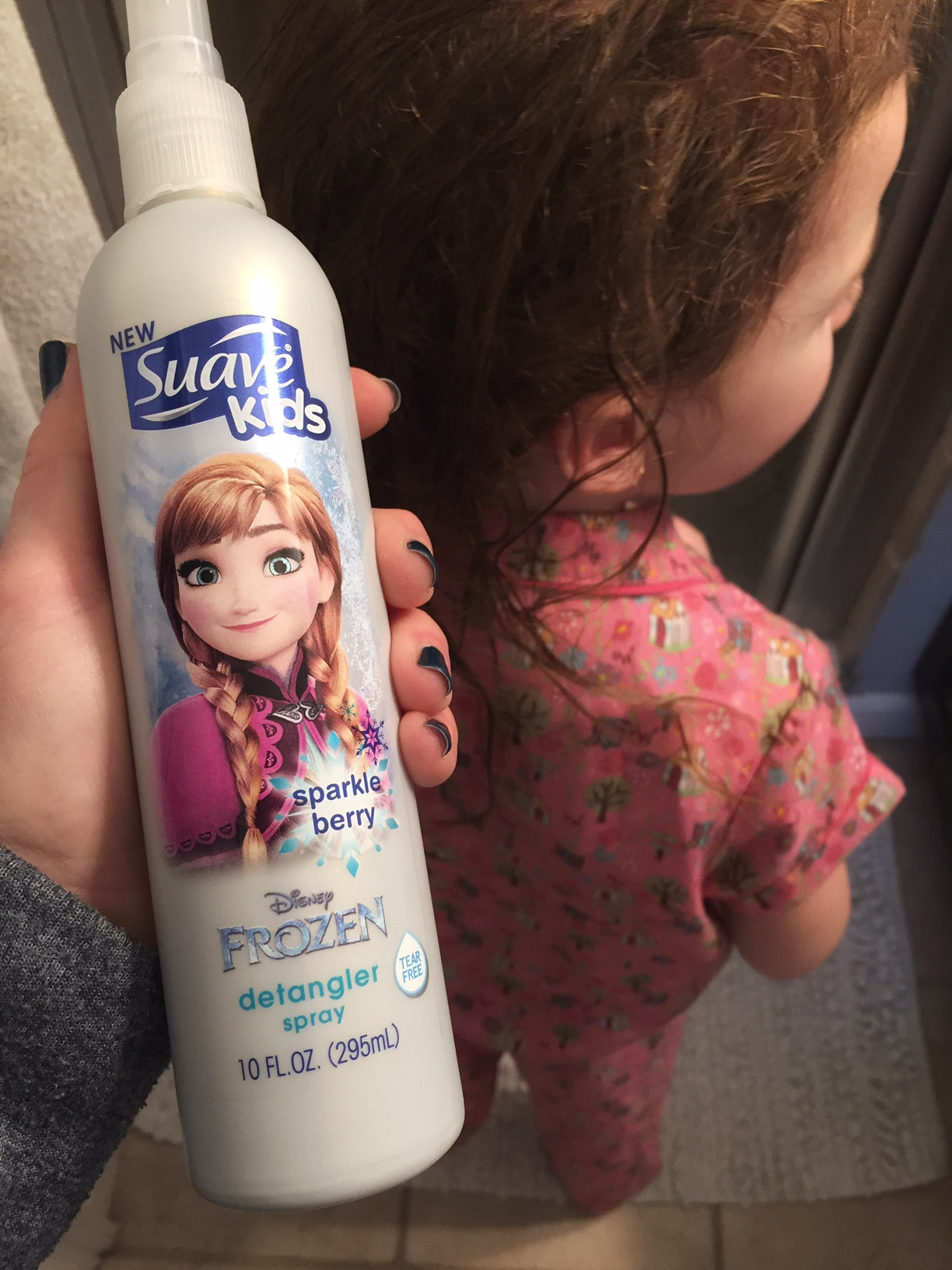 "Bath Time ""Frozen"" Fun with Suave Kids"